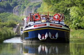 La Belle Epoque barge cruising along the canals in France