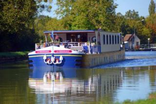 Hotel barge Renaissance