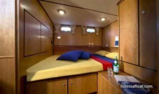 France Afloat : Linssen 33.9 Aft cabin photo 1