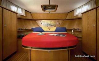 France Afloat : Linssen 33.9 Aft cabin photo 2