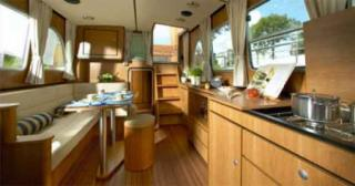 France Afloat : Linssen 33.9 Aft cabin photo 3