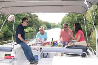 Horizon 4 on the Thames