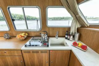 France Afloat : Linssen 35 Aft Cabin photo 11