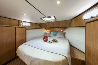 France Afloat : Linssen 35 Aft Cabin photo 12