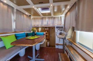 Locaboat : P1020 FB photo 8