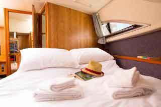 Le Boat Clipper cabin