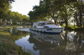 Le Boat : Royal Mystique A photo 1