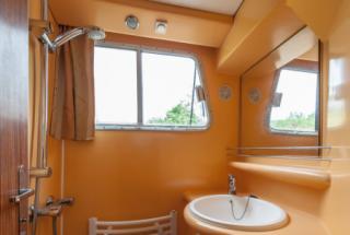 Locaboat : P1180 FB photo 23