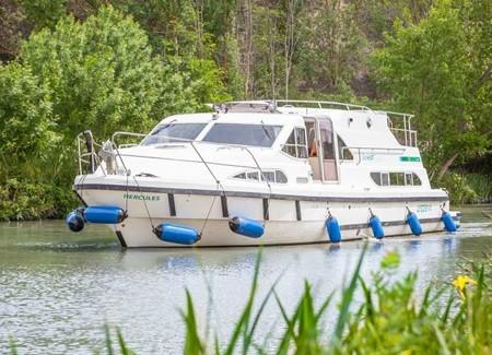 Bateau Locaboat Europa 600