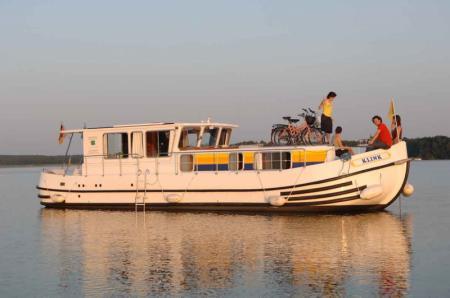 P1260R Locaboat