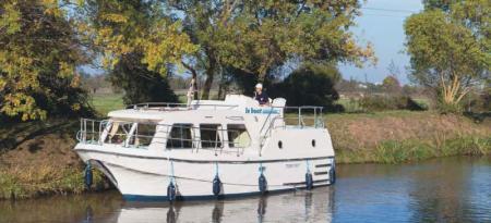 Sheba Le Boat