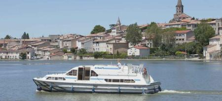 Royal Classique Le Boat